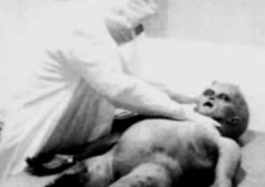 alien-autopsy-1